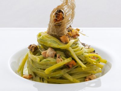 Insalata di spaghetti con tartare di Nieddittas.