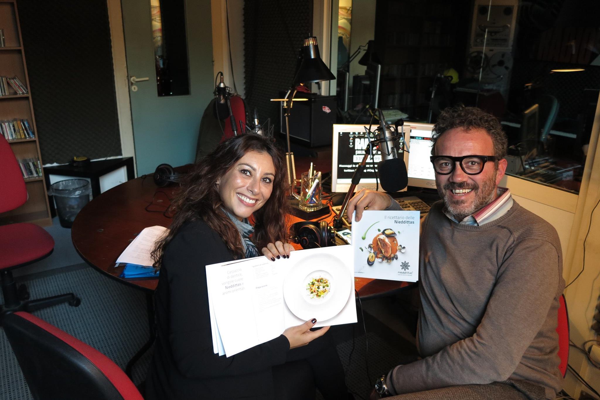 A ExtraLive! di RadioX ci sono Silvia Carta con lo chef Pomata.