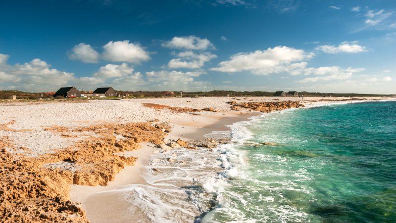 Le spiagge oristanesi per amare il mare a settembre.